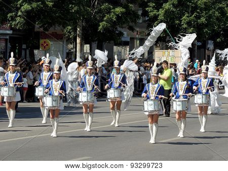 Girl Drummer Band