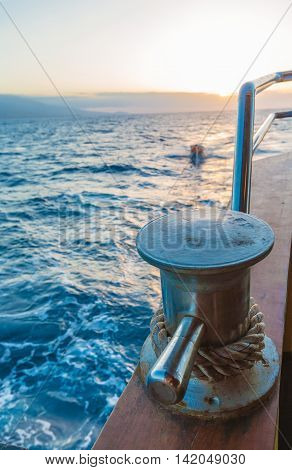 Yachting rids Boat Rope with Sailing Knot