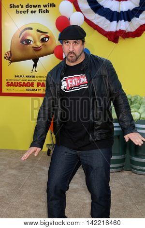 LOS ANGELES - AUG 9:  Joey Fatone at the