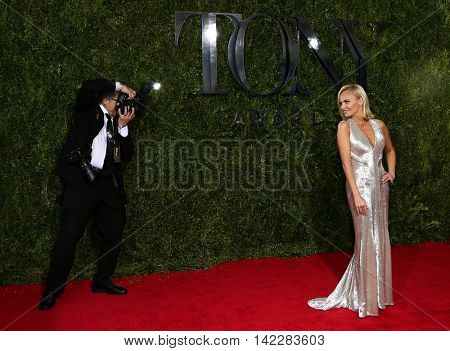 NEW YORK-JUN 7: Actress Kristin Chenoweth (R) attends American Theatre Wing's 69th Annual Tony Awards at Radio City Music Hall on June 7, 2015 in New York City.
