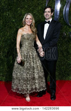 NEW YORK-JUN 7: Actress Kelli O'Hara (L) and husband Greg Naughton attend American Theatre Wing's 69th Annual Tony Awards at Radio City Music Hall on June 7, 2015 in New York City.