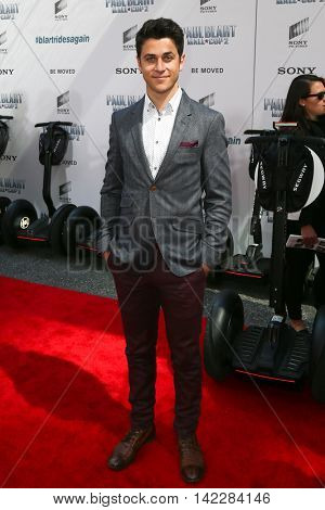 NEW YORK-APR 11: Actor David Henrie attends the world premiere of