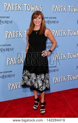 NEW YORK-JUL 21: Designer Nicole Miller attends the
