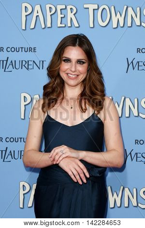 NEW YORK-JUL 21: Actress Cara Buono attends the