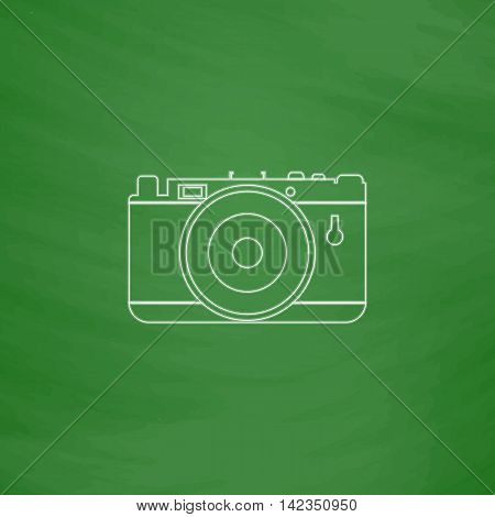 photo camera Outline vector icon. Imitation draw with white chalk on green chalkboard. Flat Pictogram and School board background. Illustration symbol