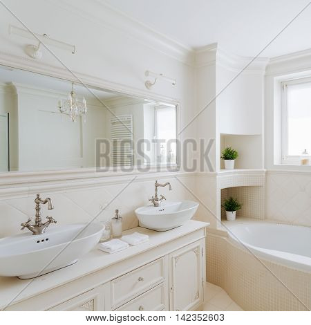 Showy Bathroom In Cream Colors