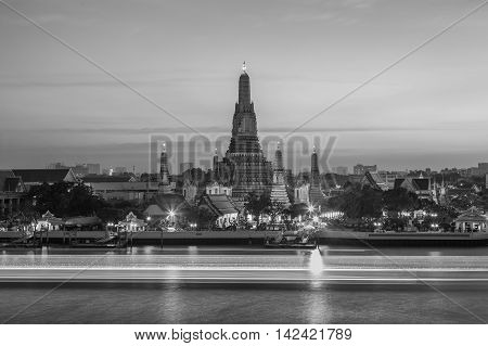 Black and White, Arun temple waterfront with boat moving lights, Thailand Landmark