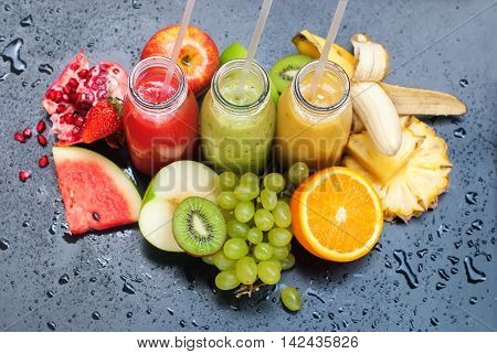 Red Green Yellow Tropical Fruits Multi-colour