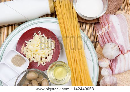 Ingredient of spaghetti carbonara / cooking spaghetti concept