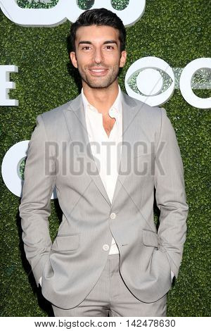 LOS ANGELES - AUG 10:  Justin Baldoni at the CBS, CW, Showtime Summer 2016 TCA Party at the Pacific Design Center on August 10, 2016 in West Hollywood, CA