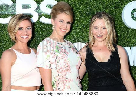 LOS ANGELES - AUG 10:  Christine Lakin, Jodie Sweetin, Beverley Mitchell at the CBS, CW, Showtime Summer 2016 TCA Party at the Pacific Design Center on August 10, 2016 in West Hollywood, CA