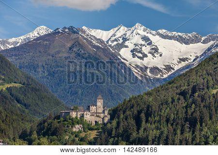 Tures Castle