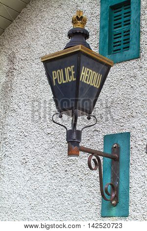 Bilingual Police sign in English and Welsh Heddlu is the Welsh word for Police.