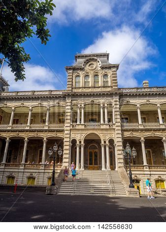 HONOLULU, HI - AUG 6:  Iolani Palace on August 6, 2016 in Honolulu Hawaii. The Iolani Palace is the only royal palace in the United States and was home to Hawaiian Kings.
