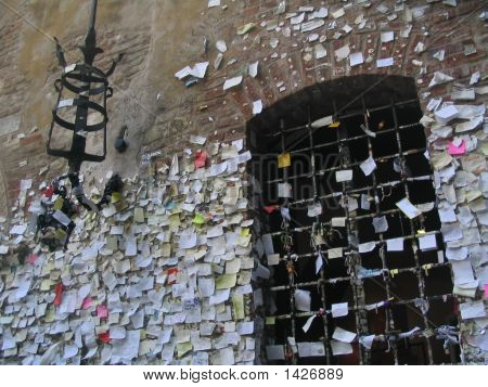 Declarations Love Letters Juliets House Verona Italy