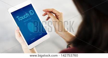 Touchscreen Lock Finger Scanner Concept