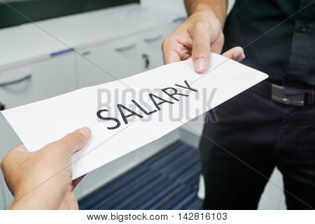 Icon of employee receive salary from the boss
