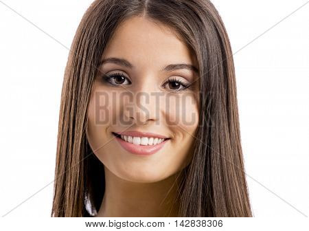 Close-up portrait of a beautiful woman smiling