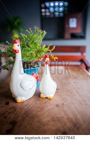 Chicken ceramic for home and garden décoration