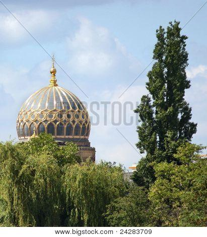 Synagoge Cupola In Berlin