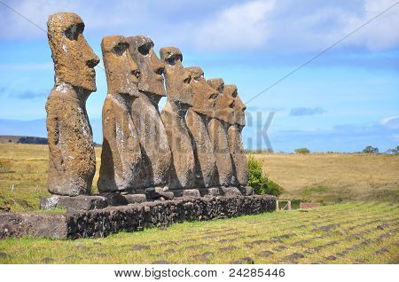 Sete Moai, ilha de Páscoa