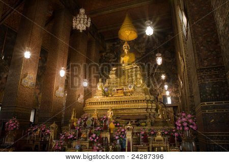 The Principal Golden Buddha Image