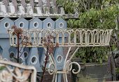 foto of shabby chic  - Shabby chic English and French garden antiques - JPG
