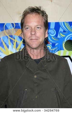 SANTA MONICA, CA - JUL 23: Kiefer Sutherland Fox Summer TCA Press Tour All Star Party at the Santa Monica Pier, Santa Monica, California on July 23, 2007