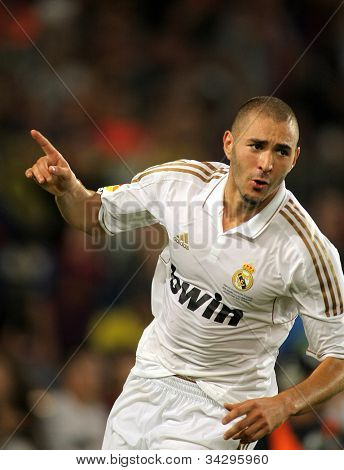 BARCELONA - AUGUST 17:Karim Benzema of Real Madrid celebrating goal during the Spanish Supercup football match between Barcelona vs Real Madrid at the New Camp Stadium in Barcelona, on August 17, 2011