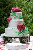 foto of three tier  - a three tiered wedding cake - JPG