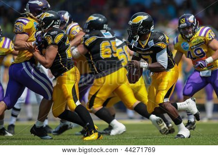 VIENNA, AUSTRIA - JUNE 17 QB Alex Good (#7 Adler) runs with the ball on June 17, 2012 in Vienna, Austria.