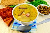 Soup Pea With Bacon And Crispbreads