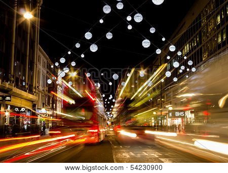Oxford street christmas lights and buses