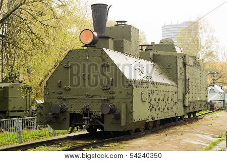 Armoured Russian locomotive class Ov 5067 Front Left
