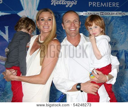 LOS ANGELES - NOV 19:  Kerri Walsh Jennings, Casey Jennings, with Joseph and Sundance at the