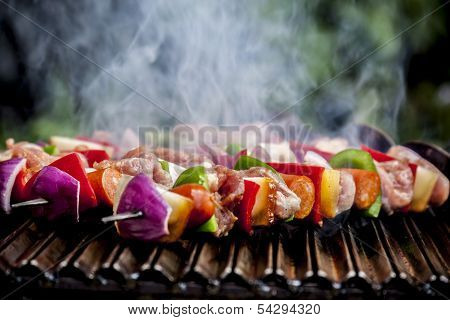 Brochette grilling