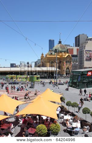 Flinders street train station Melbourne