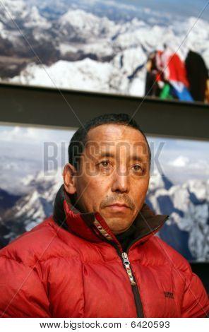 Apa Sherpa in Czech republic