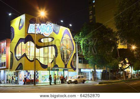 Bembos Fast Food Restaurant in Miraflores, Lima, Peru