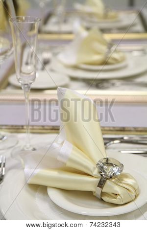 white wedding table