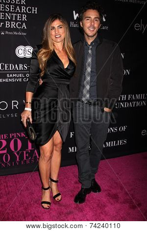 LOS ANGELES - OCT 18:  Serena Levy, Shawn Levy at the Pink Party 2014 at Hanger 8 on October 18, 2014 in Santa Monica, CA