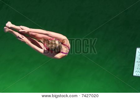 Diving Manouver