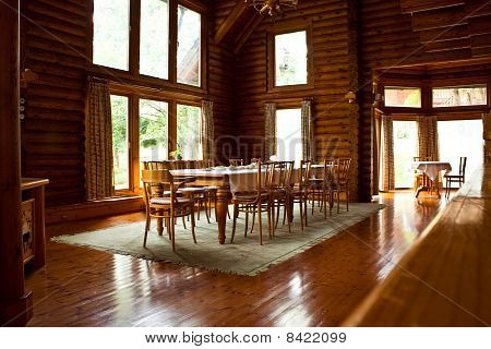 decoration in a log home