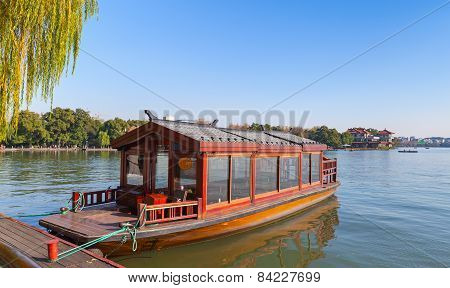Traditional Chinese Red Wooden Water Taxi Boat