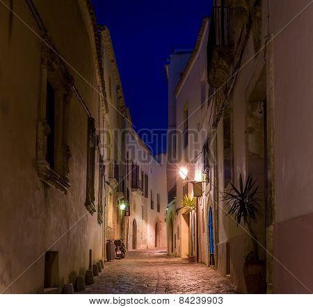 Narrow street at night