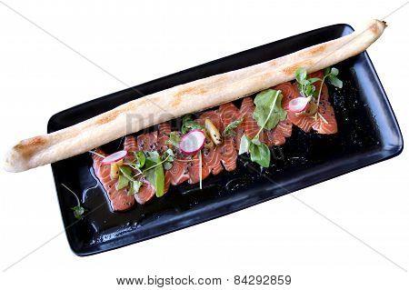 Carpaccio Of Tuna With A Baguette