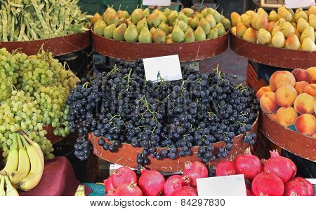 Fruits Piles