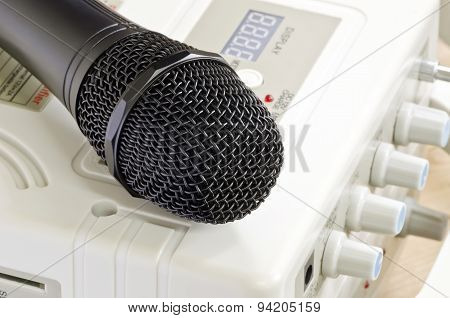 Microphone Put On  Amplifier
