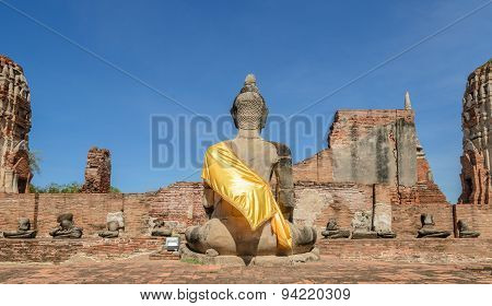 Historic Architecture  Of Wat Phra Mahathat In Ayutthaya Historic Park, Thailand