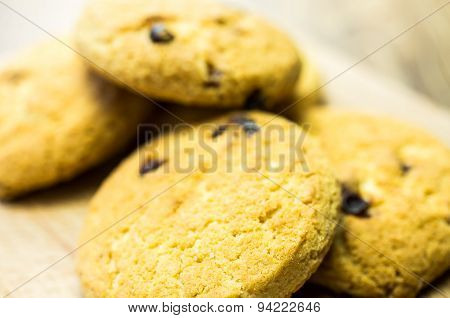 Shortbread Cookies With Raisins